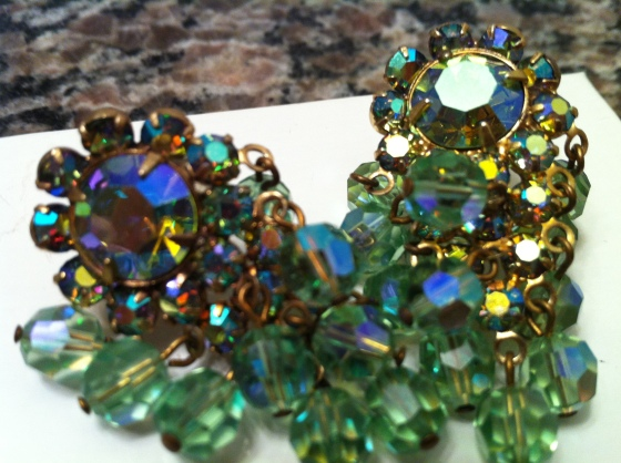 vintage earrings peridot blue green AB